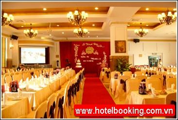 Khách sạn Lakeside Hà Nội