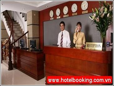 Khách sạn The Manor Hà Nội